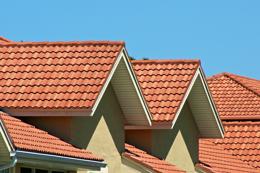 What are the Advantages And Disadvantages Of Tile Roofing Systems?